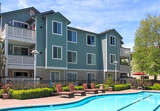 Amador Village, Hayward, CA