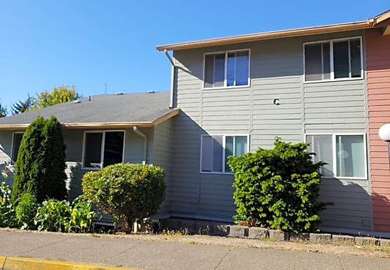 Hilltop Apartments, Lincoln City, OR