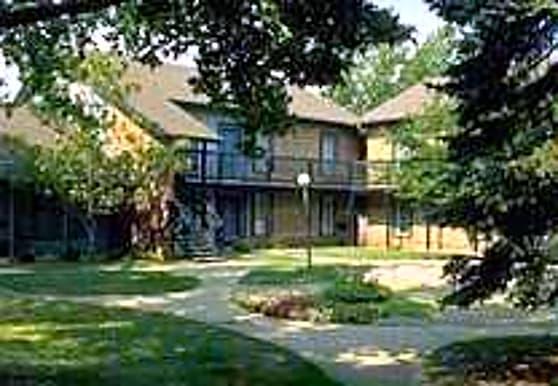 Woodsmill Village, Wildwood, MO