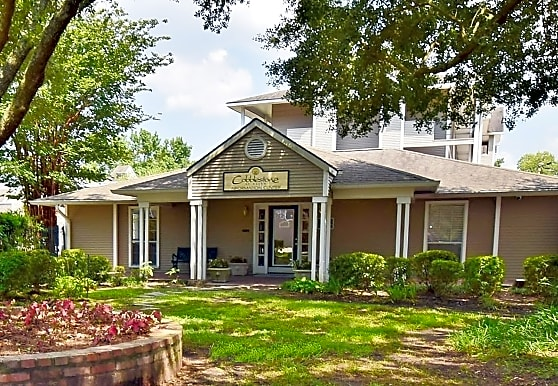Cobblestone at Essen, Baton Rouge, LA