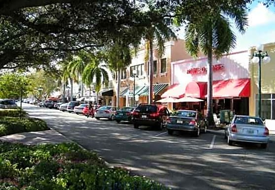 Townhouse Apartments, Hollywood, FL