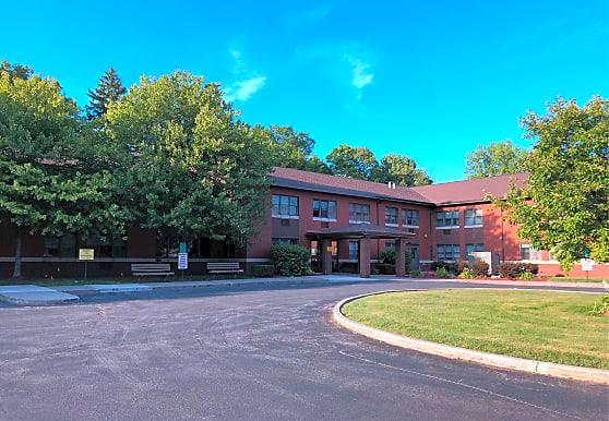 Malta House Apartments - North Syracuse, NY 13212
