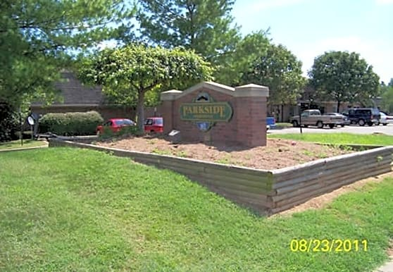 Parkside Apartments, Warsaw, KY
