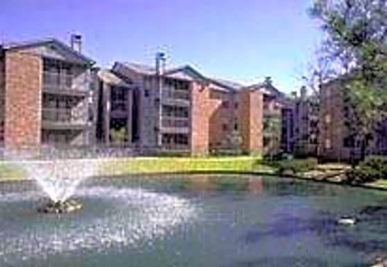 Canfield Lakes, Houston, TX
