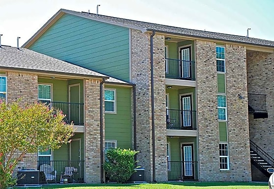 Pebble Creek Apartments, Port Arthur, TX