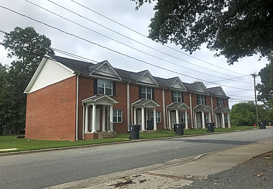 College Place Apartments, Elon, NC