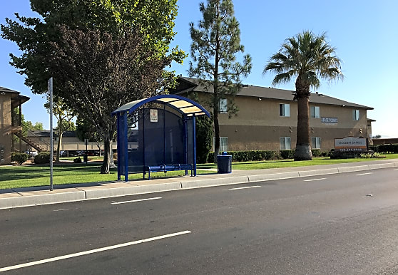 Golden Sands Apartment Homes, Victorville, CA
