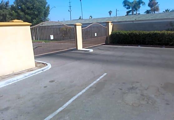 Santa Fe Affordable Housing Apartments - Bakersfield, CA 93307