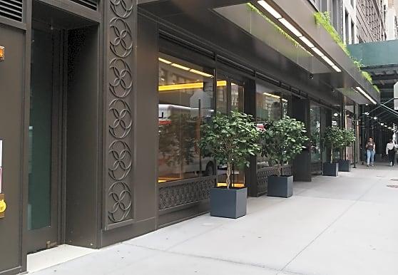 55 W 17th St, New York, NY