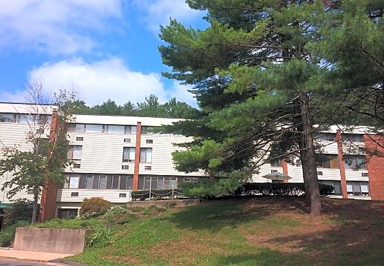 Flanders West Apartments, Southington, CT