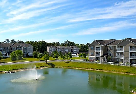 Ponds Edge Apartments, Delmar, MD