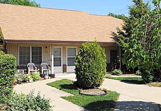 Grant Manor Senior Apartments, East Detroit, MI