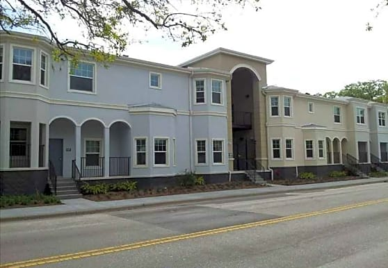 King Stone Townhome Apartments, Sarasota, FL