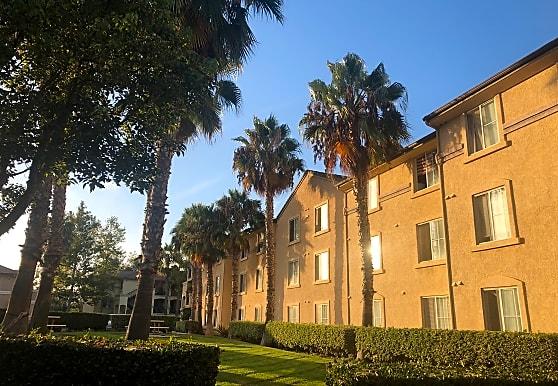 Sunny Creek Apartments, Carlsbad, CA