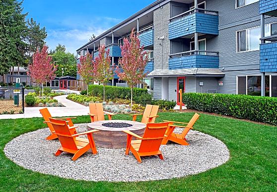 3030 Lake City, Seattle, WA