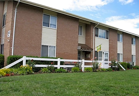 Indian River Apartments and Townhomes, Virginia Beach, VA