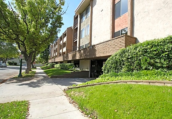 The Howard, Glendale, CA