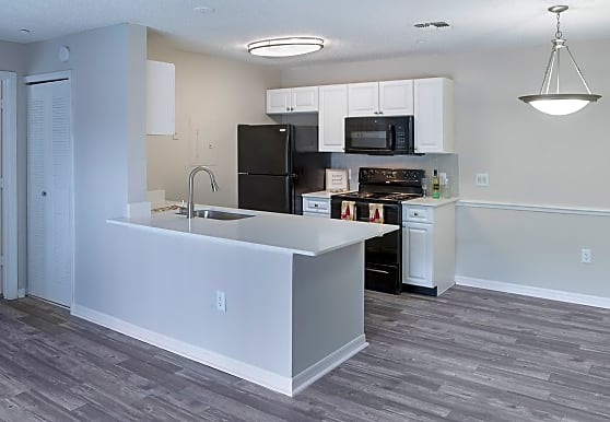 Central Park Apartments, Altamonte Springs, FL
