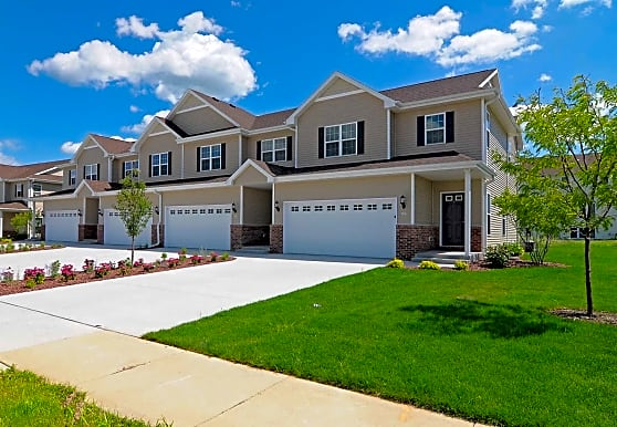 Lakeside of Whitewater Townhomes and Home Rentals, Whitewater, WI