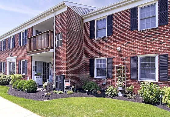 Willow Woods Apartments, Lancaster, PA