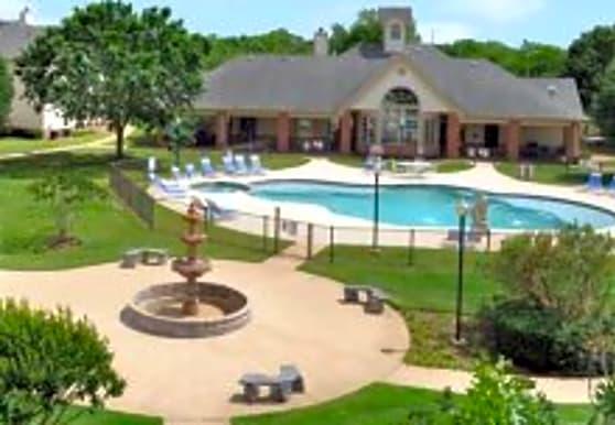 Fountains of Denton, Denton, TX