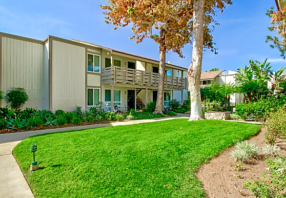 Pinewood Apartments, Tustin, CA