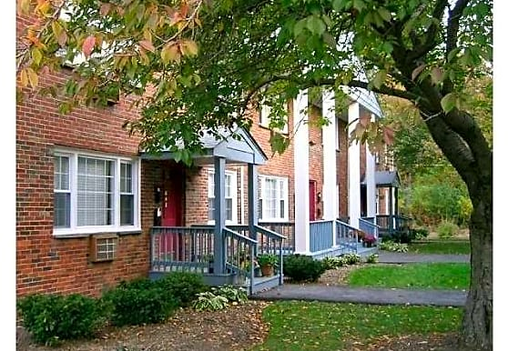 Lawrenceville Gardens Apartments, Lawrenceville, NJ