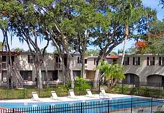University Pointe, Tampa, FL