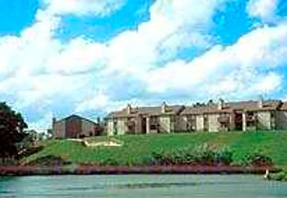 Grand Point Bay Apartments, Hot Springs, AR
