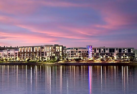 Ten01 on the Lake Apartments - Tempe, AZ 85281