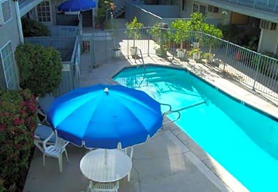 Kingsbury Villas, Granada Hills, CA