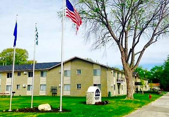 Silver Pines Apartment, Port Huron, MI