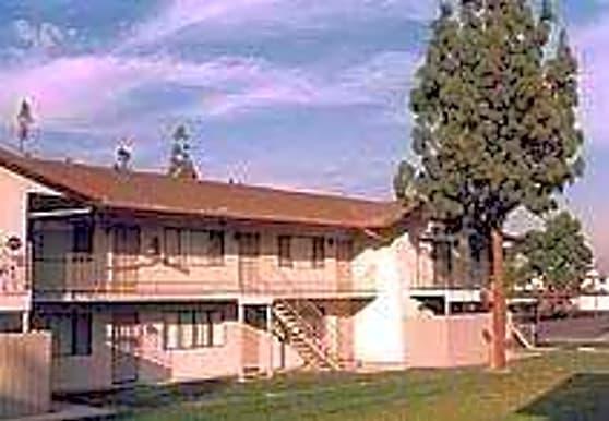 Peach Tree Apartments, Fontana, CA