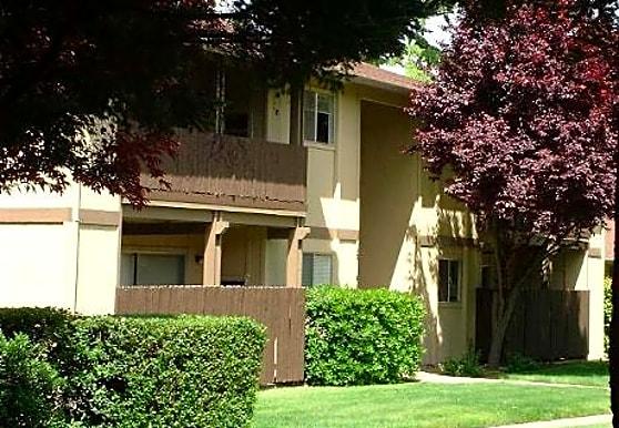 Plumwood, Sacramento, CA