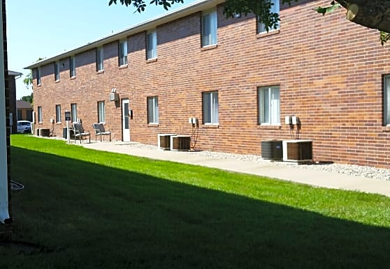 Lakeview Apartments - Columbus, NE 68601