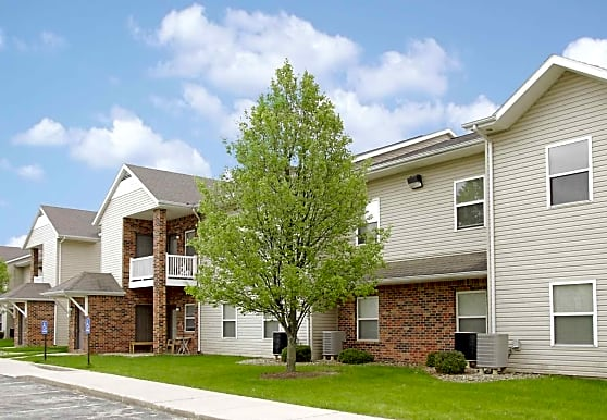 Forest Oaks Apartments, Muncie, IN