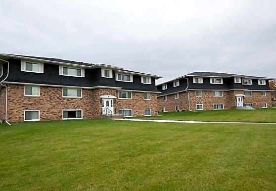 Contree Manoir Apartments, Muscatine, IA