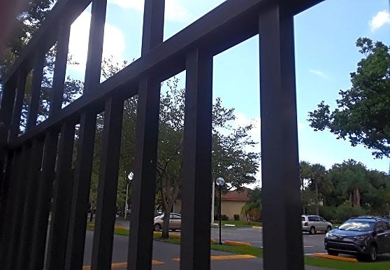 Villas at Meadow Lakes, Deerfield Beach, FL