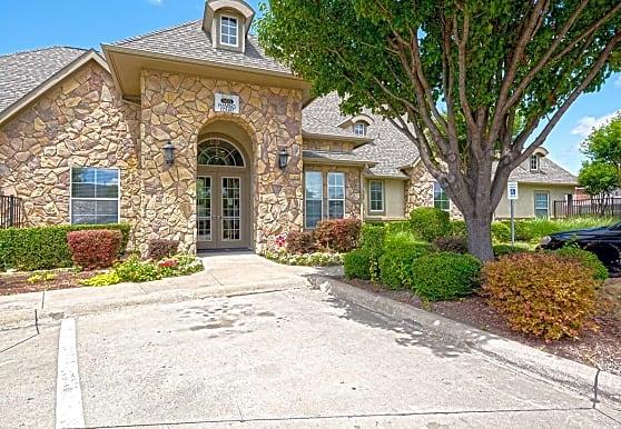 Bachon Townhomes, Wylie, TX