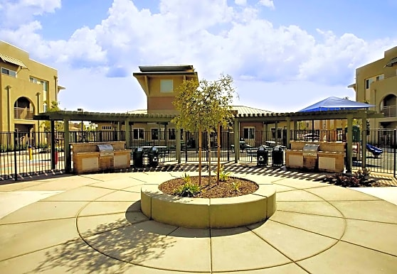 CityPlace Apartments, Bakersfield, CA