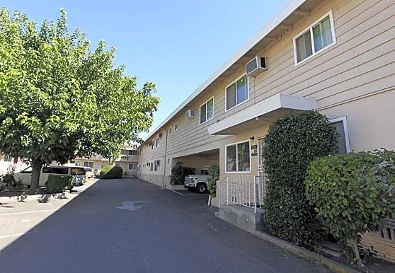 Village Oaks, Sacramento, CA