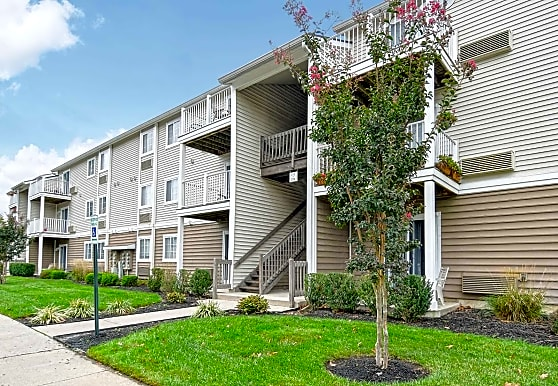 Summit Apartments - Mount Laurel, NJ 08054