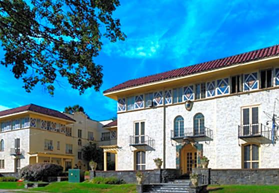 Korman Residential at Casa Del Sol, Haverford, PA