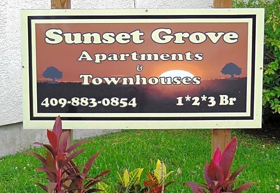 Sunset Grove Apartments, Orange, TX