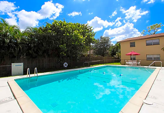 Marbella Apartments - Fort Myers, FL 33908