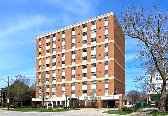 New Clifton Plaza Apartments, Cleveland, OH