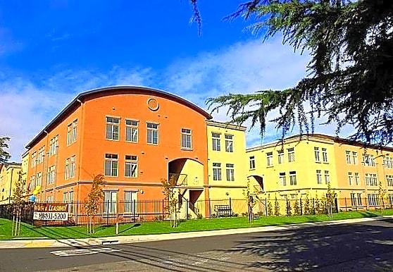 Sierra Lofts, Sacramento, CA