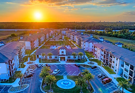 Coral Pointe at the Forum, Fort Myers, FL