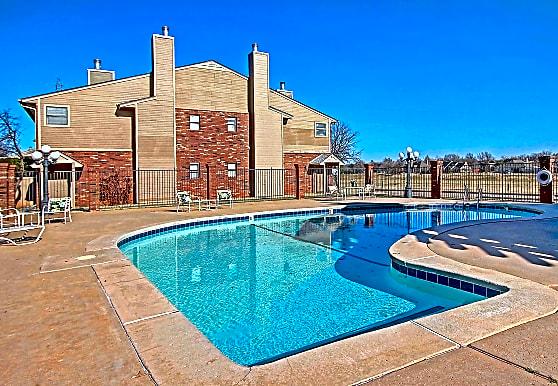 Spring Hollow Condominiums, Oklahoma City, OK