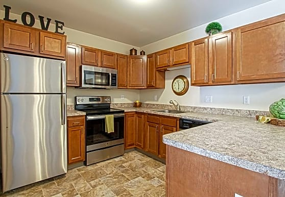Southpark Square Senior Apartments, Strongsville, OH